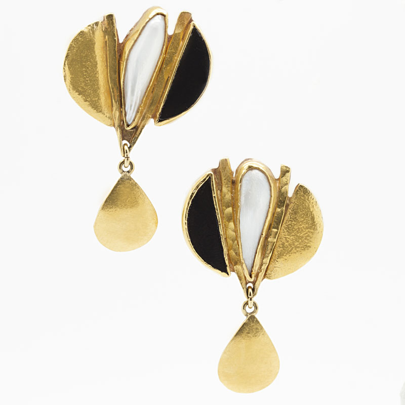 22K Yellow Gold Earrings With Pearl And Onyx - Item # ER2833A - Reliable Gold Ltd.